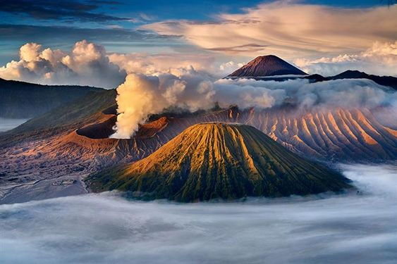 Most Stunning Volcanoes In Asia To Venture